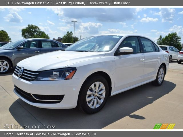 candy white 2013 volkswagen passat 2 5l wolfsburg. Black Bedroom Furniture Sets. Home Design Ideas