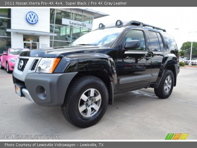 super black 2011 nissan xterra pro 4x 4x4 pro 4x gray leather interior. Black Bedroom Furniture Sets. Home Design Ideas