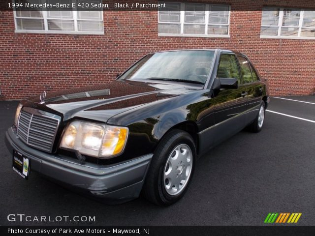 1994 Mercedes-Benz E 420 Sedan in Black