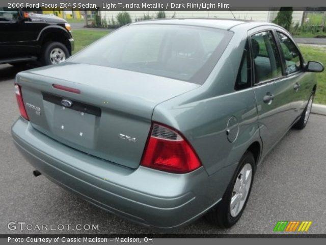 light tundra metallic 2006 ford focus zx4 s sedan dark. Black Bedroom Furniture Sets. Home Design Ideas