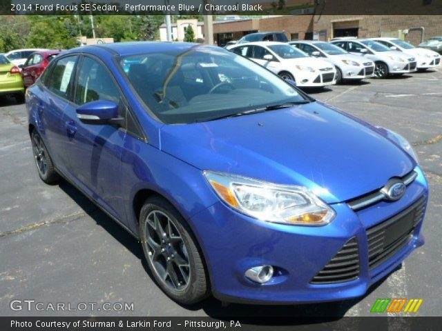 performance blue 2014 ford focus se sedan charcoal black interior vehicle. Black Bedroom Furniture Sets. Home Design Ideas