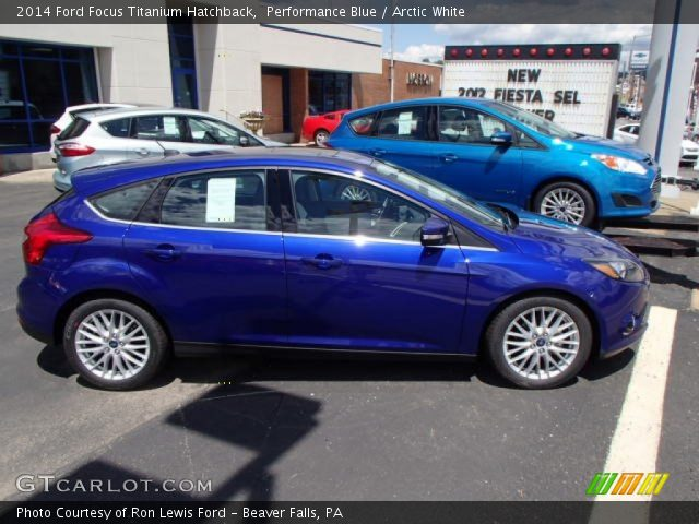 performance blue 2014 ford focus titanium hatchback arctic white interior. Black Bedroom Furniture Sets. Home Design Ideas