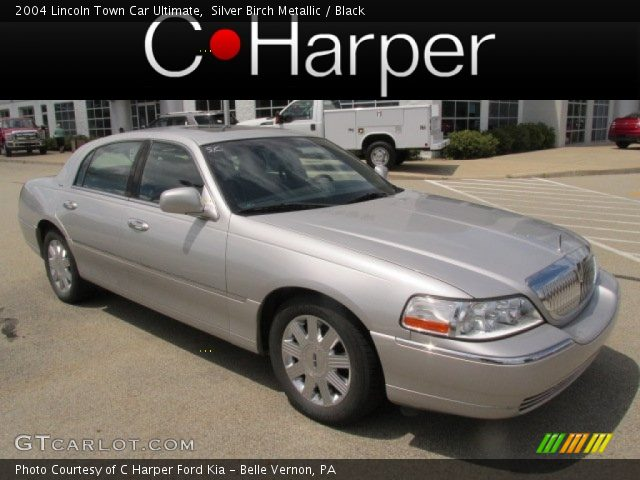 2004 Lincoln Town Car Ultimate in Silver Birch Metallic