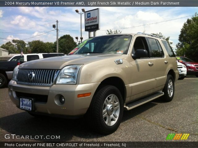 2004 Mercury Mountaineer V8 Premier AWD in Light French Silk Metallic