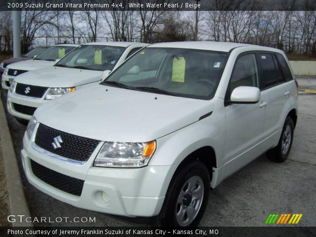 2009 Suzuki Grand Vitara Premium 4x4 in White Water Pearl