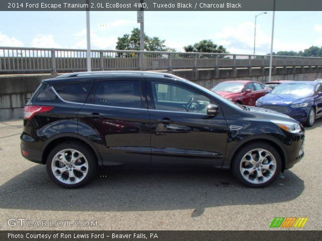 tuxedo black 2014 ford escape titanium 2 0l ecoboost 4wd charcoal black interior gtcarlot. Black Bedroom Furniture Sets. Home Design Ideas