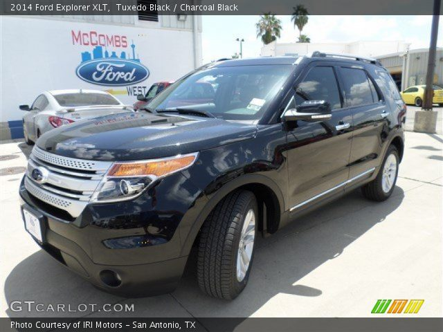2014 Ford Explorer XLT in Tuxedo Black