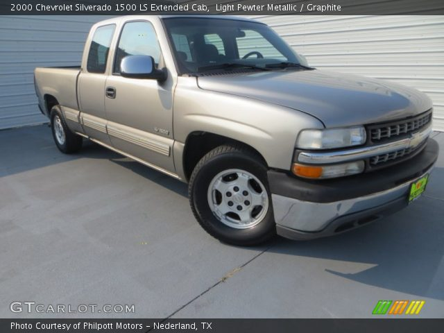 2000 Chevrolet Silverado 1500 LS Extended Cab in Light Pewter Metallic