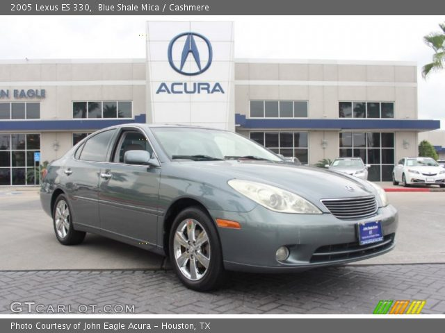 on 2004 Silver Lexus Es 330