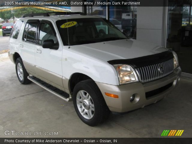 2005 Mercury Mountaineer V6 AWD in Oxford White