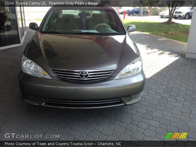 phantom gray pearl 2006 toyota camry le beige interior vehicle archive. Black Bedroom Furniture Sets. Home Design Ideas