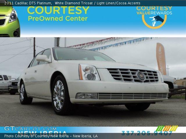 2011 Cadillac DTS Platinum in White Diamond Tricoat