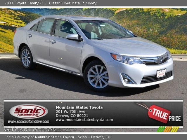 2014 Toyota Camry XLE in Classic Silver Metallic