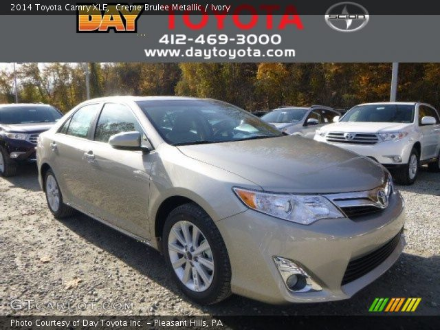 2014 Toyota Camry XLE in Creme Brulee Metallic
