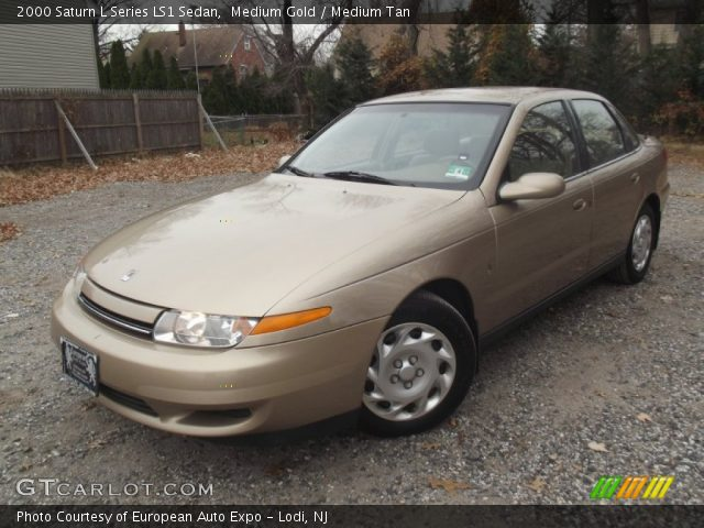 2000 Saturn L Series LS1 Sedan in Medium Gold