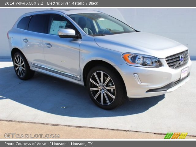 2014 Volvo XC60 3.2 in Electric Silver Metallic