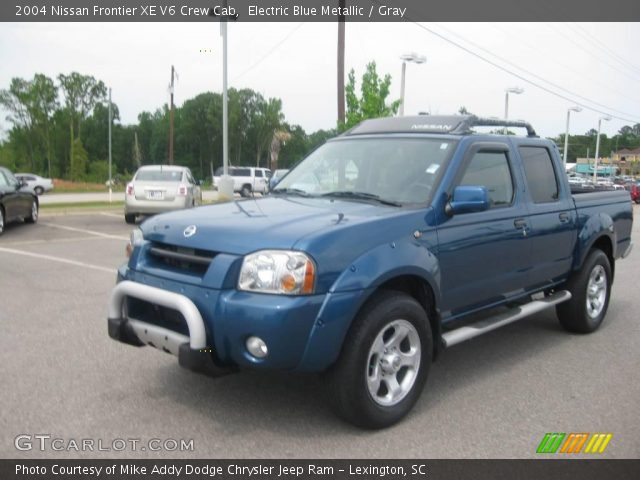 electric blue metallic 2004 nissan frontier xe v6 crew cab gray interior. Black Bedroom Furniture Sets. Home Design Ideas