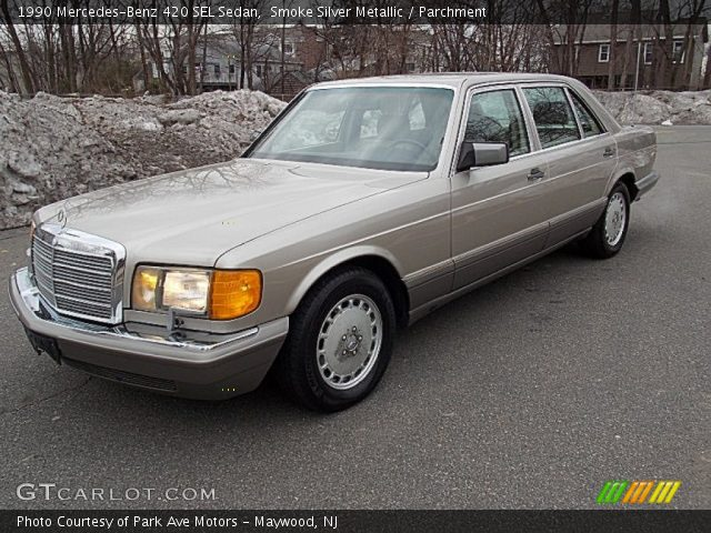1990 Mercedes-Benz 420 SEL Sedan in Smoke Silver Metallic