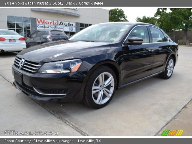 black 2014 volkswagen passat 2 5l se cornsilk beige. Black Bedroom Furniture Sets. Home Design Ideas