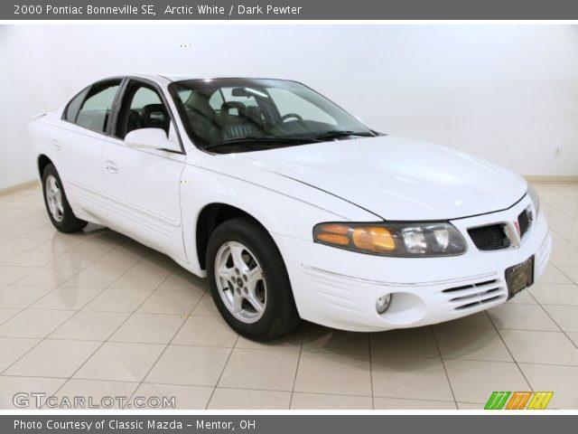 2000 Pontiac Bonneville SE in Arctic White