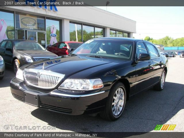 black 2007 lincoln town car signature black interior. Black Bedroom Furniture Sets. Home Design Ideas