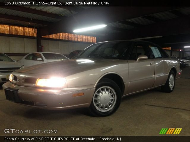 1998 Oldsmobile Eighty-Eight LS in Light Beige Metallic