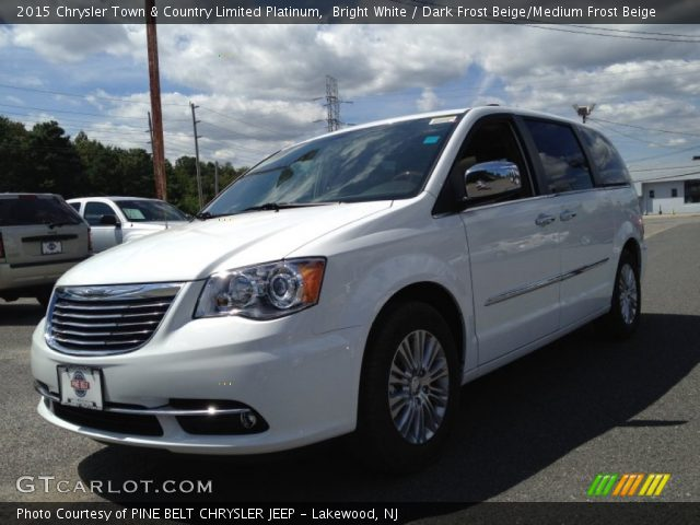 2015 Chrysler Town & Country Limited Platinum in Bright White