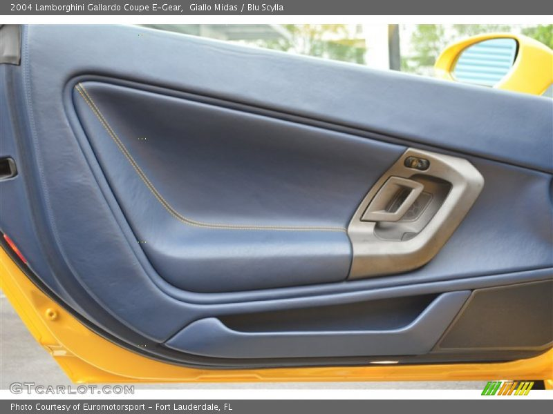Door Panel of 2004 Gallardo Coupe E-Gear