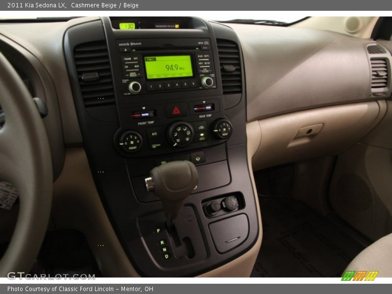Controls of 2011 Sedona LX