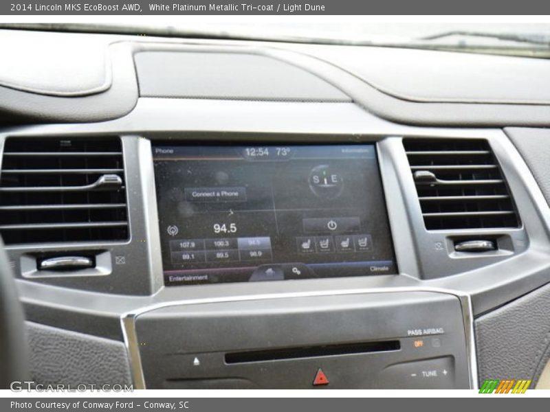 White Platinum Metallic Tri-coat / Light Dune 2014 Lincoln MKS EcoBoost AWD