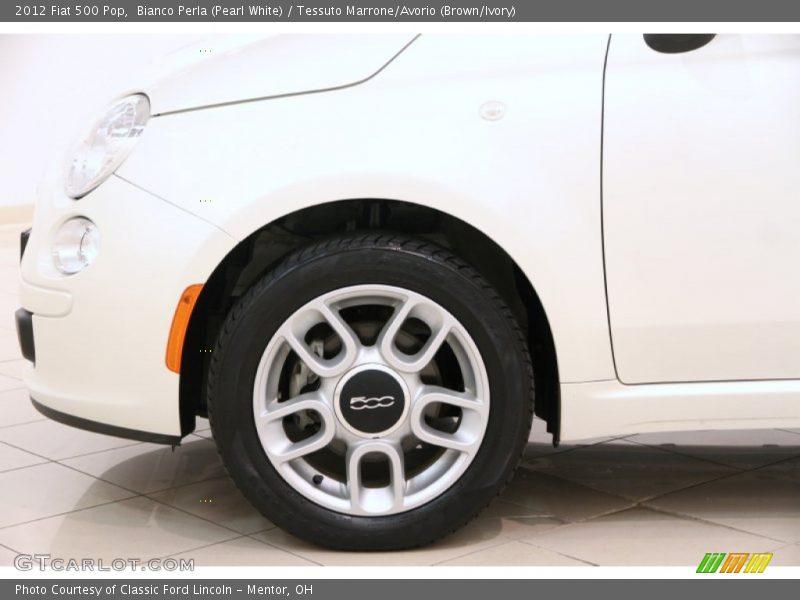 Bianco Perla (Pearl White) / Tessuto Marrone/Avorio (Brown/Ivory) 2012 Fiat 500 Pop