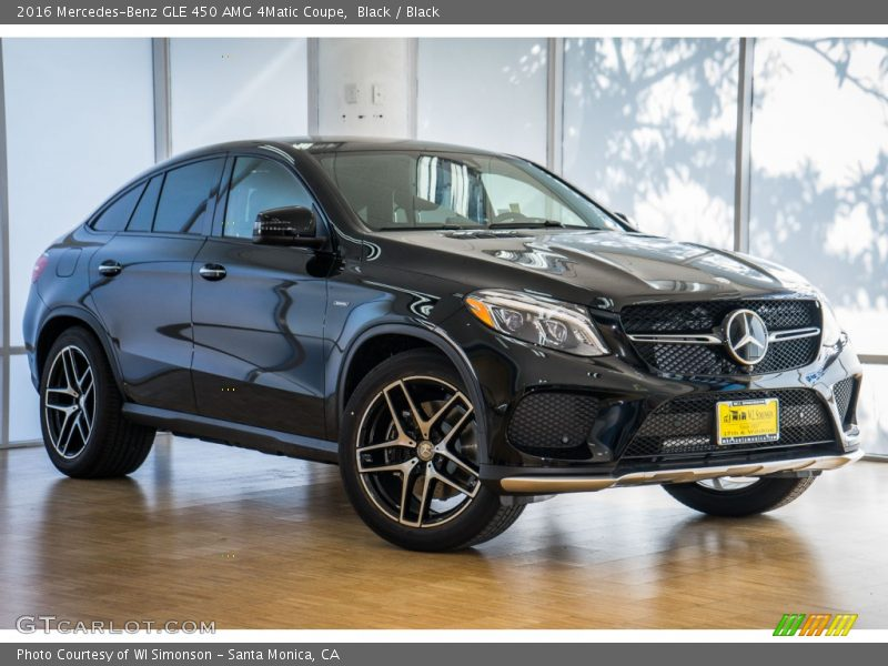 Front 3/4 View of 2016 GLE 450 AMG 4Matic Coupe