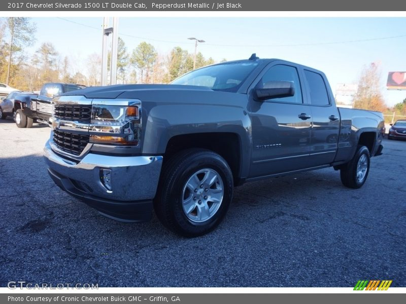 Pepperdust Metallic / Jet Black 2017 Chevrolet Silverado 1500 LT Double Cab