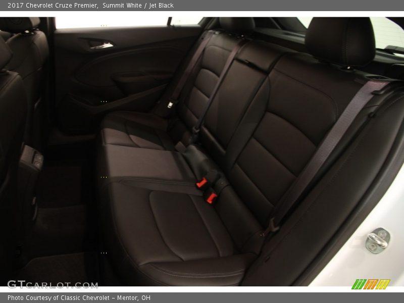 Summit White / Jet Black 2017 Chevrolet Cruze Premier