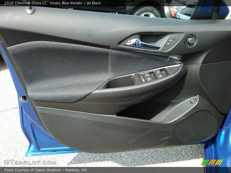 Kinetic Blue Metallic / Jet Black 2018 Chevrolet Cruze LT