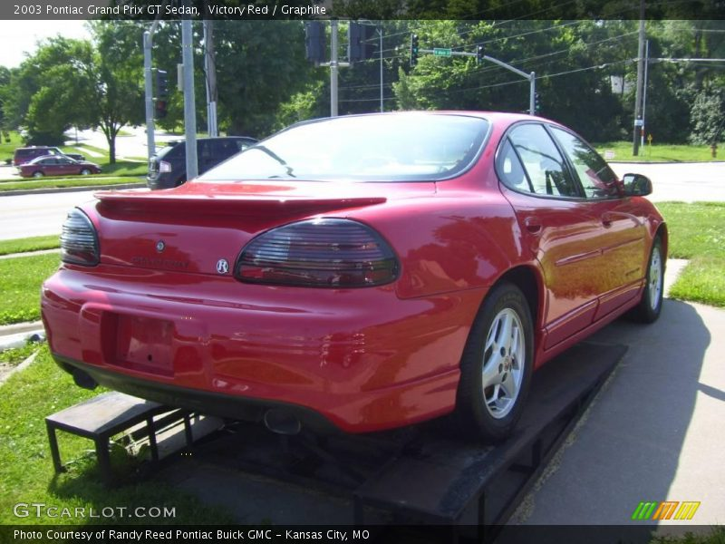 2003 pontiac grand prix gt sedan in victory red photo no. Black Bedroom Furniture Sets. Home Design Ideas