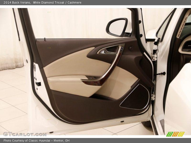 White Diamond Tricoat / Cashmere 2014 Buick Verano
