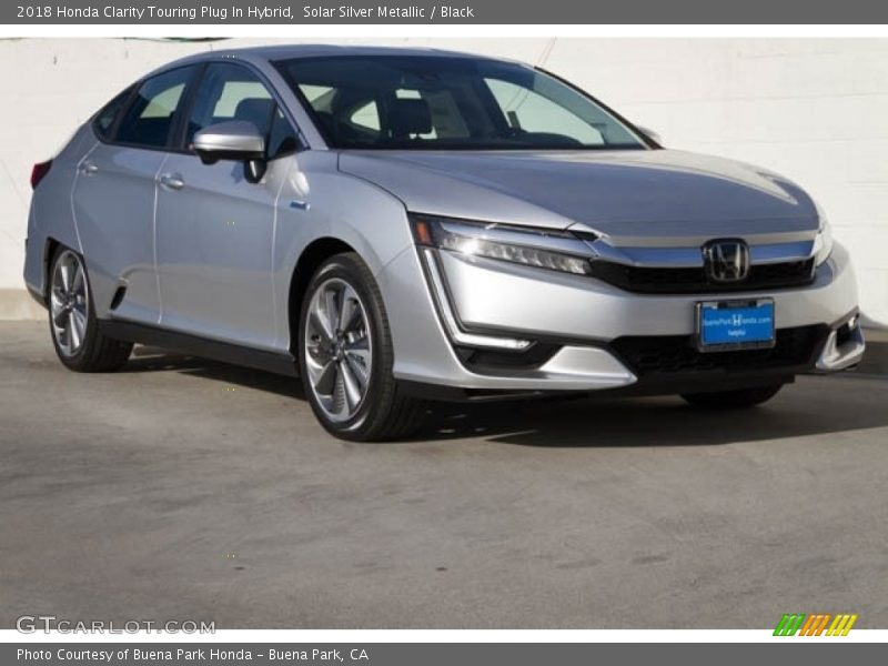 Front 3/4 View of 2018 Clarity Touring Plug In Hybrid