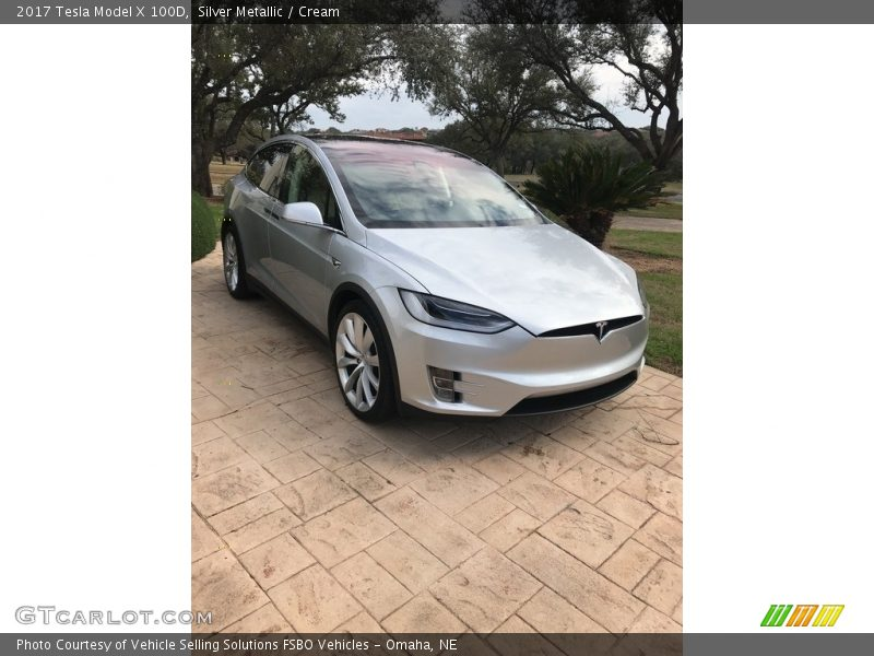 Front 3/4 View of 2017 Model X 100D