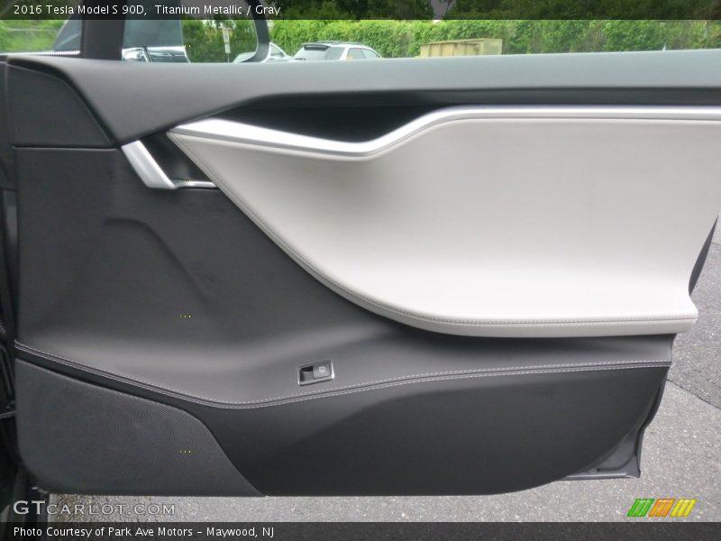 Door Panel of 2016 Model S 90D