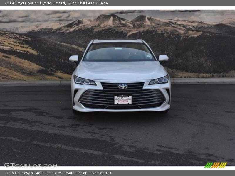 Wind Chill Pearl / Beige 2019 Toyota Avalon Hybrid Limited