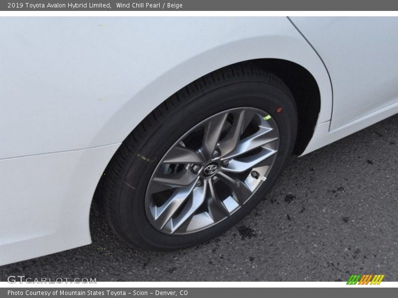 2019 Avalon Hybrid Limited Wheel