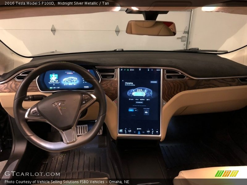 Dashboard of 2016 Model S P100D