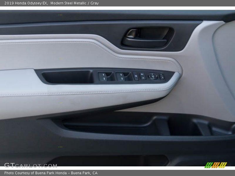 Modern Steel Metallic / Gray 2019 Honda Odyssey EX