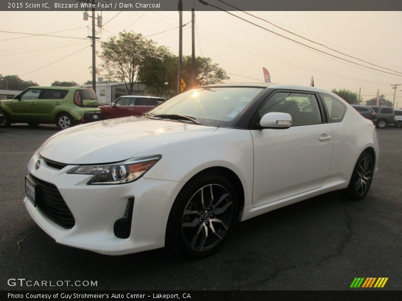 Blizzard White Pearl / Dark Charcoal 2015 Scion tC