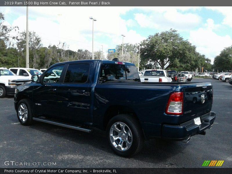 Patriot Blue Pearl / Black 2019 Ram 1500 Big Horn Crew Cab