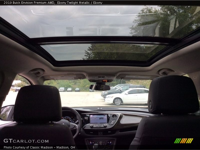 Sunroof of 2019 Envision Premium AWD
