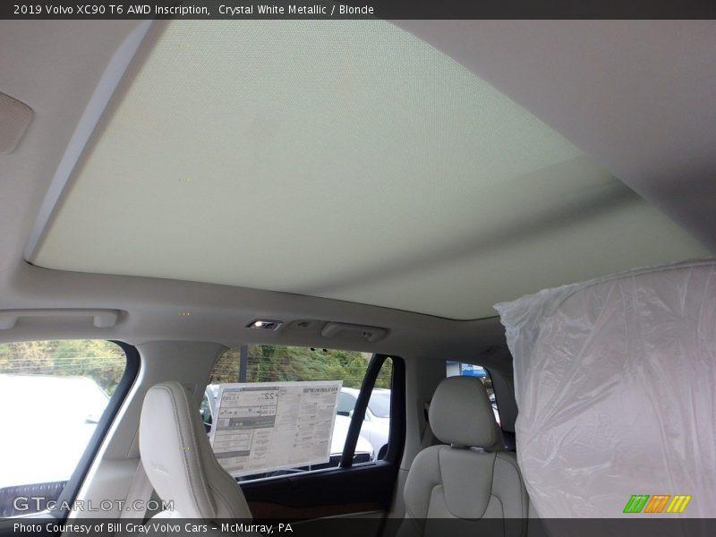 Sunroof of 2019 XC90 T6 AWD Inscription