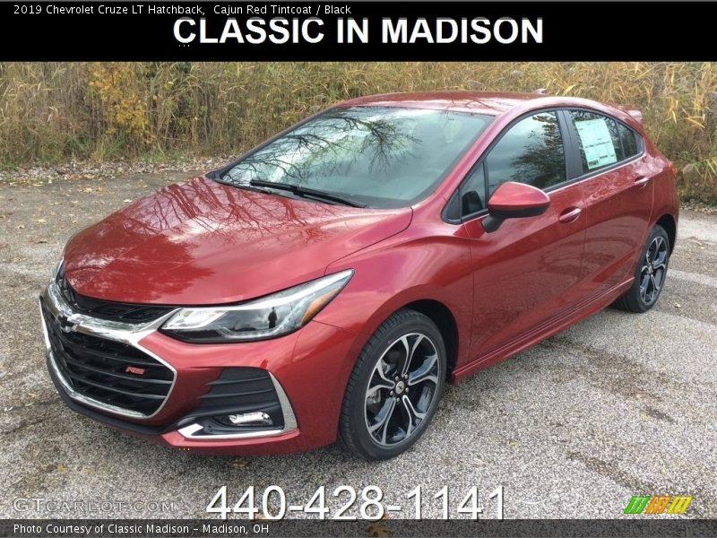Cajun Red Tintcoat / Black 2019 Chevrolet Cruze LT Hatchback
