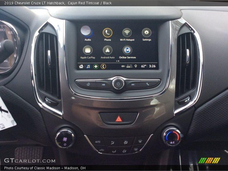 Controls of 2019 Cruze LT Hatchback